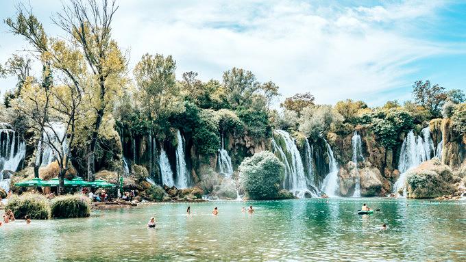 bosnien und herzegovina, kravica wasserfälle