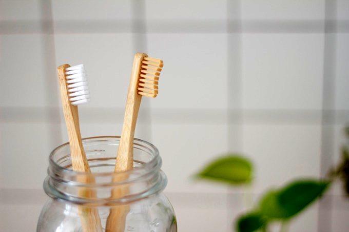 Bamboo Zahnbürste_TUTAKA setzt auf nachhaltige Gastfreundschaft