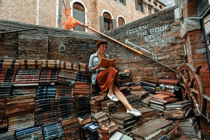 Sprache lernen, Bücher, Lesen, Venedig, Bildungsurlaub