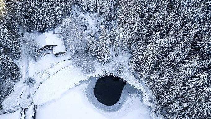 Piburger See, Winter in Tirol, Österreich