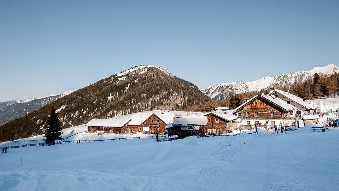 Sattelbergalm, Winter in Tirol, Österreich